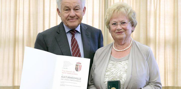 Kulturmedaille des Landes OÖ. an Ingrid Handlechner